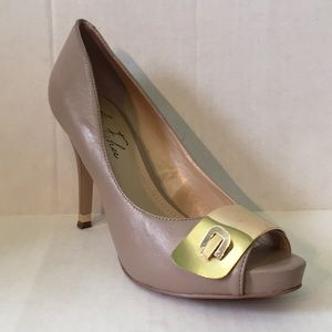 Marc Fisher Open Toe Pumps in size 7 1/2